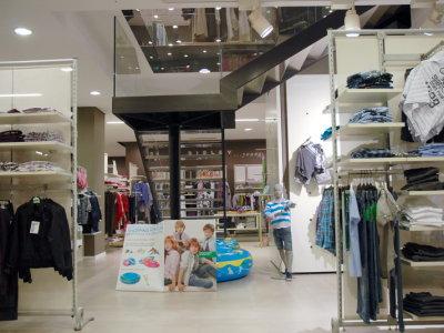 temporary-store-benetton-foggia11