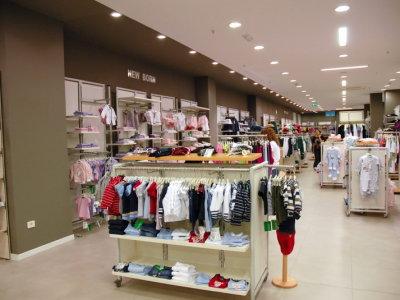 temporary-store-benetton-foggia16