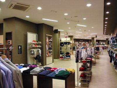 temporary-store-benetton-foggia21