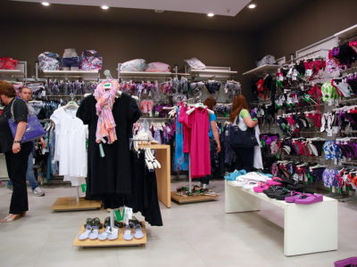 temporary-store-benetton-foggia26