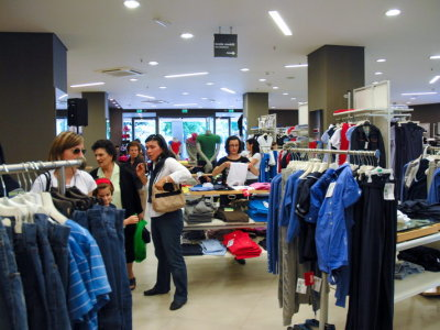 temporary-store-benetton-foggia37