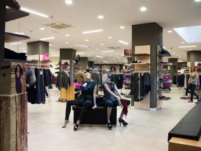 temporary-store-benetton-foggia39