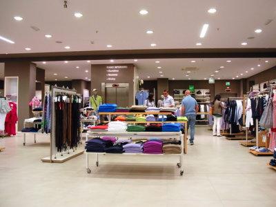 temporary-store-benetton-foggia5